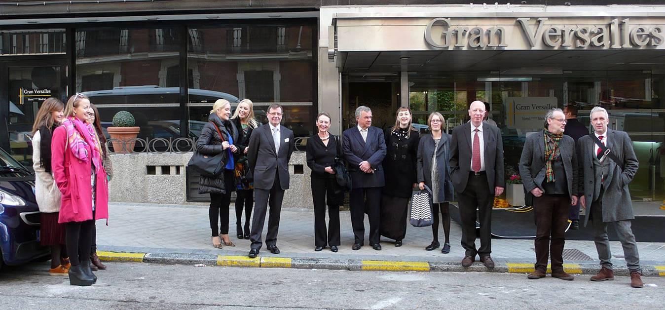 Algunos miembros de la Fundación Iberoamericana de Finlandia en su visita a Madrid junto al personal del Instituto. (Foto: Merja Salo)