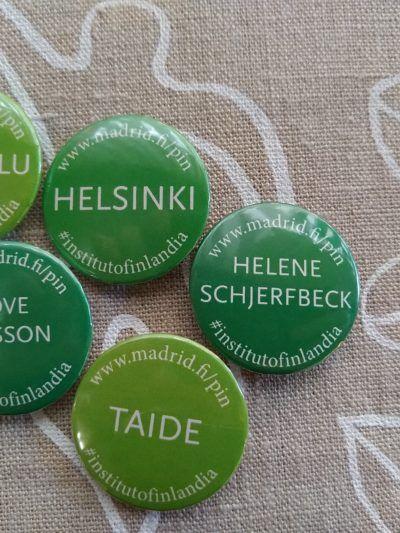 chapas con palabras finlandesas