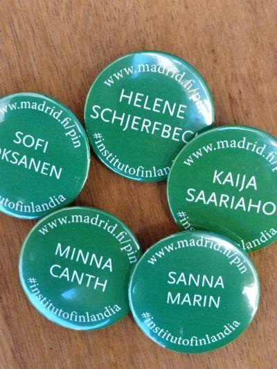 pin con palabras en finés