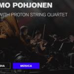 Acordeonista y músicos en concierto