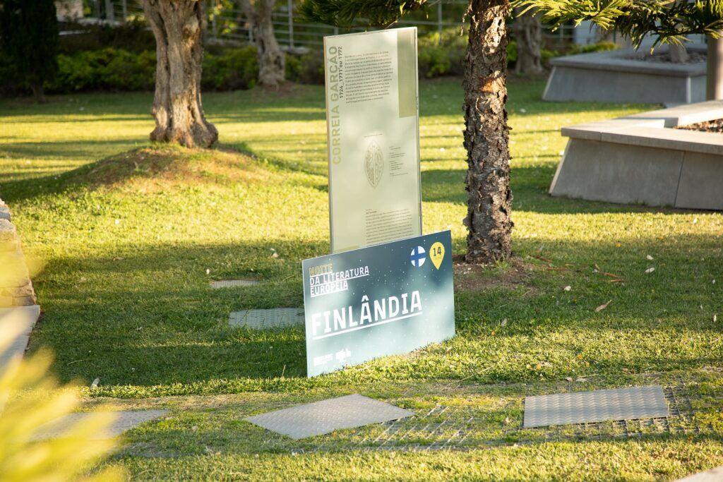 parque con letrero